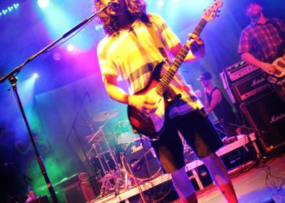 04-debuey-guitar