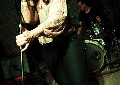 DominoTheory-SingerHand