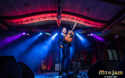 Taste of Country and Mountain Jam Get Big Looks with Chauvet