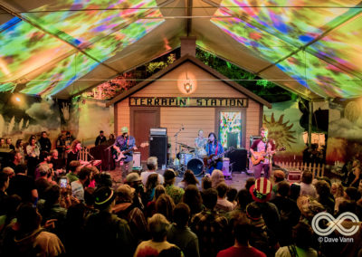08-25-17_DPV_6656_Lockn_Fest_Midnight_North_by_Dave_Vann